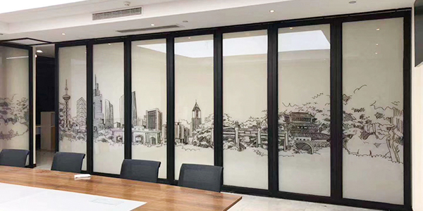 如何选用玻璃活动隔断?