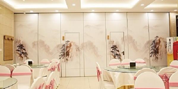 装修业的一只潜力股,宴会厅移动隔断墙