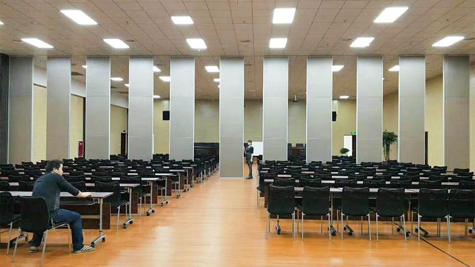 85型硬包会议室活动隔断