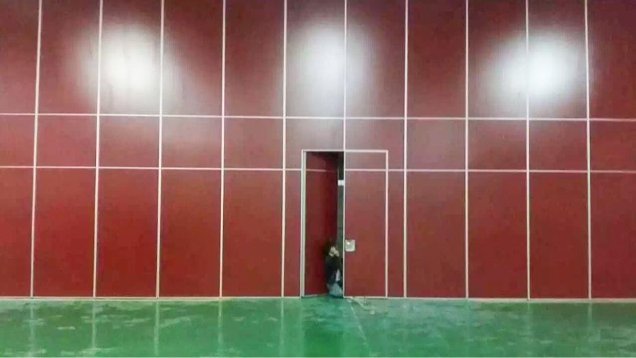 75型免漆板移动折叠屏风