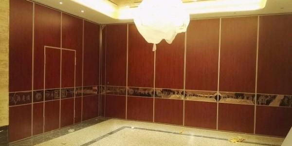 饭店做隔断屏风比砌墙好多了
