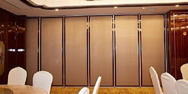 餐厅包房活动隔断墙